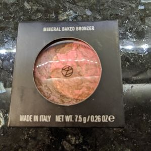 Il Makiage Touch Me Bronzer Beautiful Never Used!